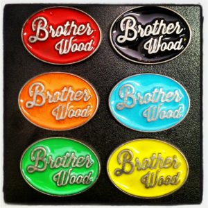 "Broche Personalizado para Empresa ""Brother Wood"""